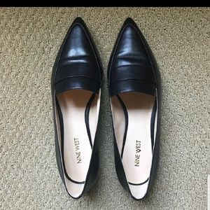Nine West Pointed black loafers